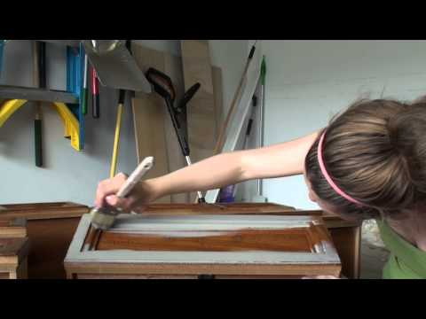 Pretty Distressed™ Annie Sloan Chalk Paint® Tutorial #1 - Prepping and Painting 1st Coat