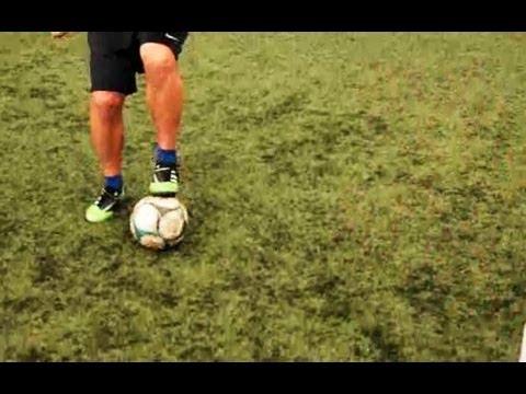 How to Do a Maradona | Soccer Lessons
