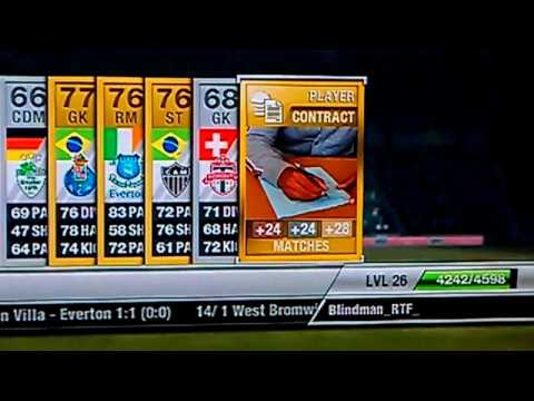 Fifa 12 Ultimate Team Players pack finding Torres and a strange contract card in it.