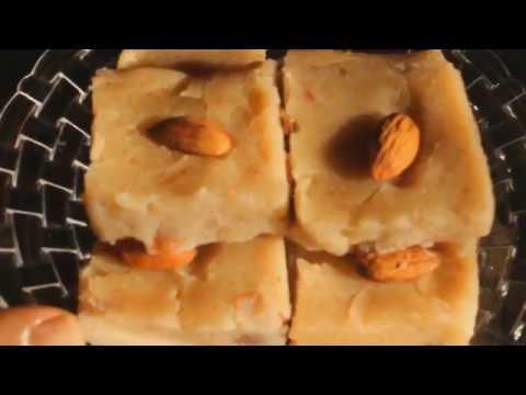 जब कुछ हल्का मीठा खाने का मन हो तो बनायें ये मुँह में घुल जाने वाली बहुत ही टेस्टी मिठाई Bread Burfi