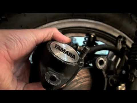 How to fix Motorcycle Brakes Pad Fluid Repair RD400 Part 1