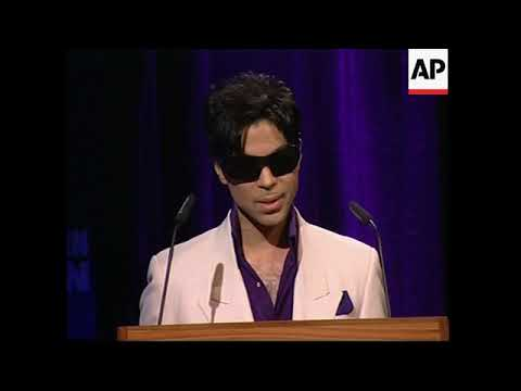 Investigation says Prince was isolated, addicted and in pain