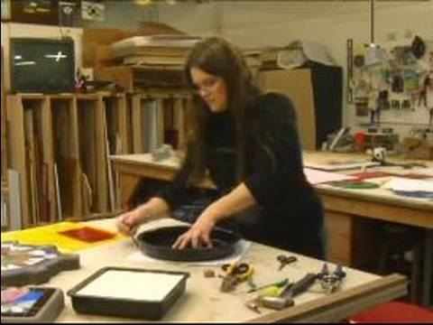 How to Make Stained Glass Stepping Stones : Fitting the Mold for Stained Glass