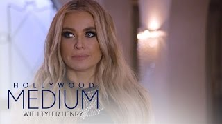 Carmen Electra Connects With Late Mother | Hollywood Medium with Tyler Henry | E!