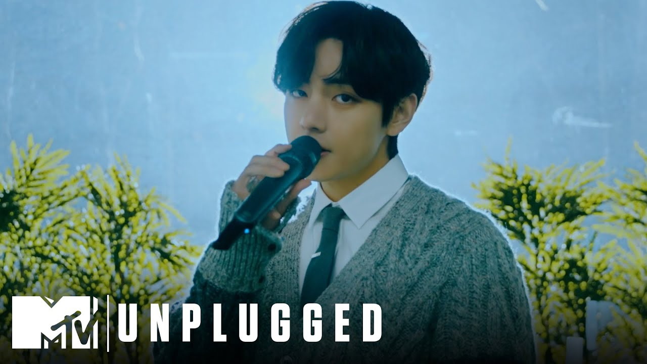 "BTS Performs ""Blue & Grey"" 