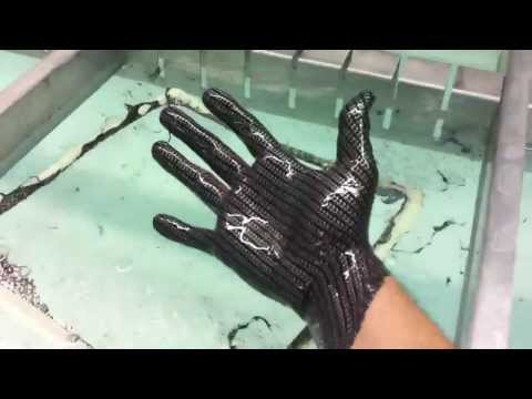 Hydrographics- Dipping my hand in carbon fiber film-  eptexcoatings.com