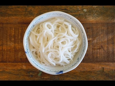 How To Make Lai Fun (Thick Rice Noodles)/  濑粉