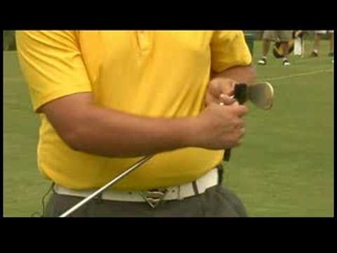 Golf Tips : How to Clean Golf Clubs