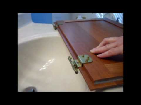 How to replace cabinet hinges