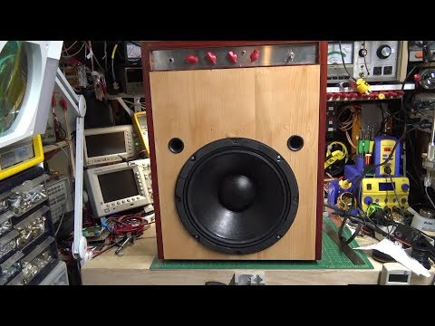 Building a Bass Guitar Amplifier - Part 4 - Cabinet and Demo
