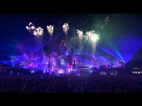 Electronic music is big business at Tomorrowland 2015 | CNBC International