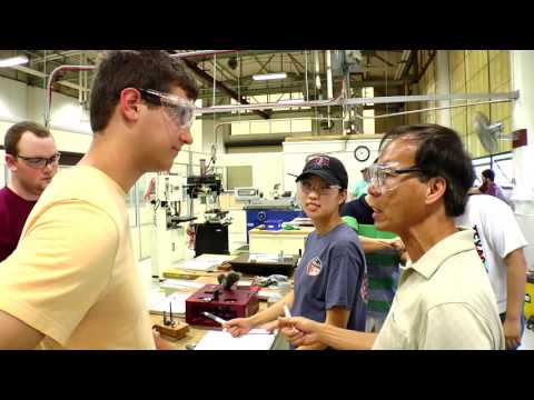 Manufacturing and Mechanical Engineering Technology Undergraduate Program - TAMU