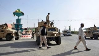 Download Taliban offensive in Afghanistan's Ghazni leaves hundreds killed Video