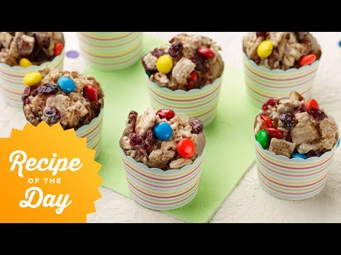Recipe of the Day: Trail Mix Cereal Treats | Food Network