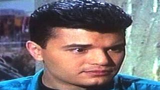 #x202b;هل تذكرون هذا الممثل المصري شاهد كيف اصبح الان ومن هى الفنانة زوجتة#x202c;lrm;