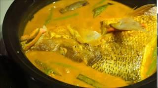 STREET 50 Restaurant & Bar - Curry Fish Head