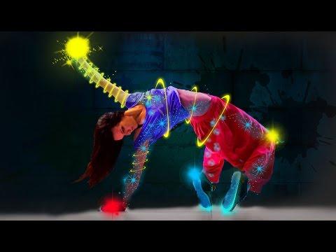 Dancing Girl - Amazing Photoshop Lighting Effect