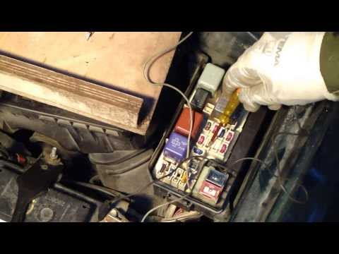 How to test electricity in car wires