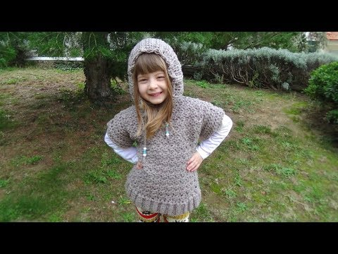 Easy crochet pullover hoodie with short sleeves!