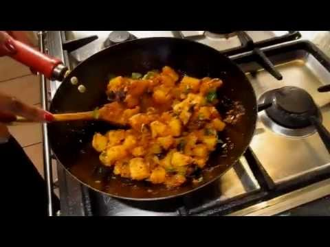 Spicy Potato Curry under 3 mins