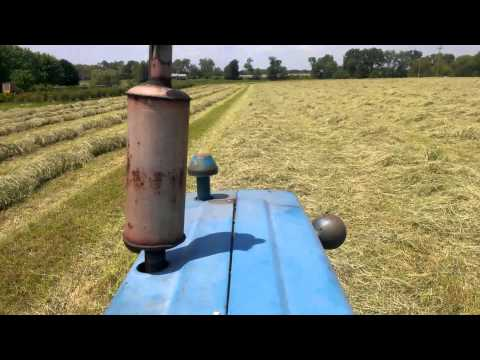 How to rake hay the 1960s way!