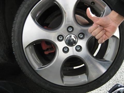 REMOVE VW lugnut cap Voltzwagen