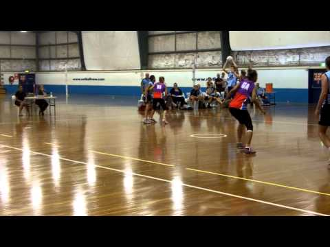 NSWSwiftsTV: Swifts match up against Men's team