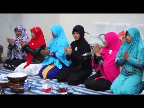 Muslim music by Indonesian domestic helpers in Hong Kong - Rehearsal