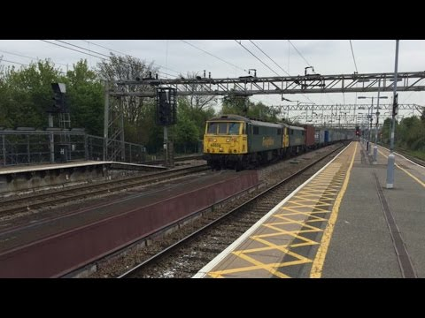 Trains at Colchester, 20.4.17.
