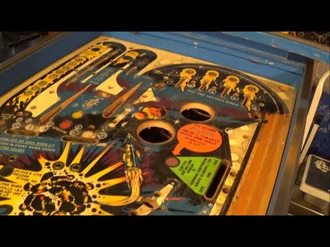 Flight 2000 Pinball Project (Part 4) - Playfield Tear-down