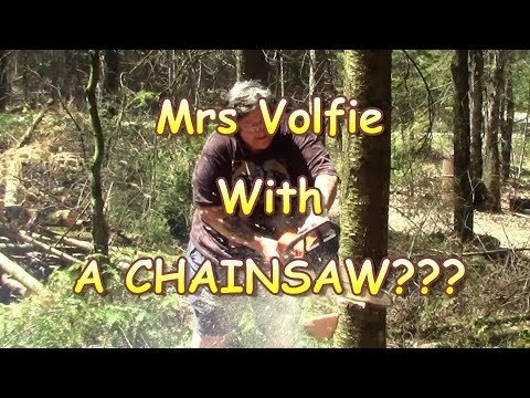 MrsV With a CHAINSAW!