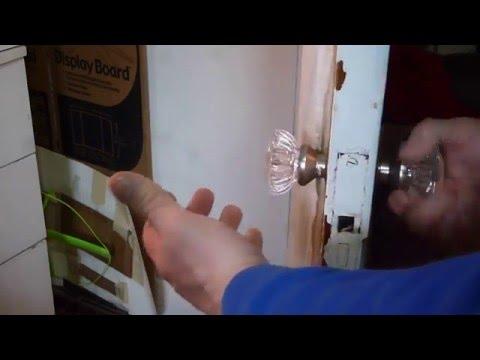 REPLACING VINTAGE GLASS DOOR KNOBS HOW TO
