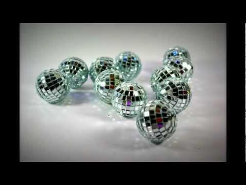Silver Mini Disco Balls - idea table decorations - wedding decoration - Cbodeco.com