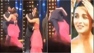 Alia Bhatt SHOCKED as Ranbir Kapoor Forcefully KISSES Preiti Zinta on Stage at Filmfare Awards 2019