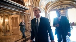 Text messages reportedly show leaks from FBI agents in Russia probe