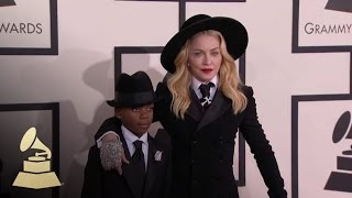 Download Madonna: GRAMMY Red Carpet Fashion Cam | GRAMMYs Video
