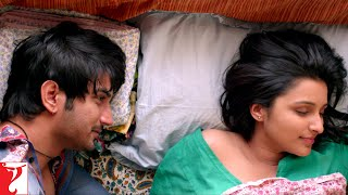 Sex before marriage is unacceptable?   Scene   Shuddh Desi Romance   Sushant Singh, Parineeti Chopra