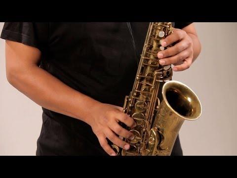 Play Major / Minor Pentatonic Scales | Saxophone Lessons