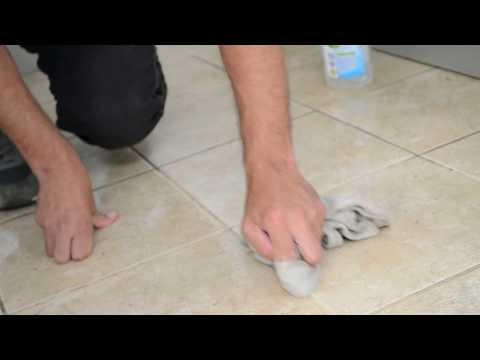 how to deep clean grout and ceramic tiles with vinegar lemon juice and bicarb