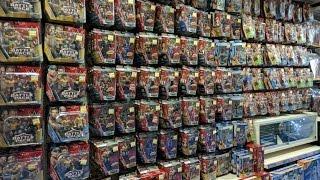 HUGE WWE Mattel Figure Toy Hunt UK - July 2016 (Toys R Us & Smyth