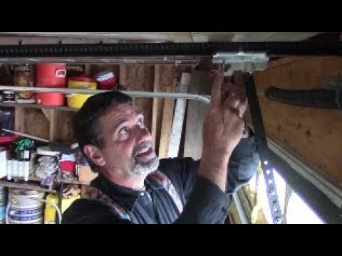 Secure the garage -  easy door bypass allow thieves into your home