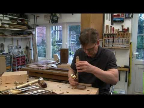 Hand cut dovetails made easy