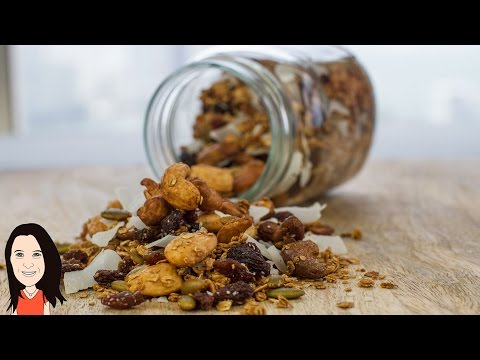 Make Your Own Homemade Granola Cereal - NO OIL VEGAN RECIPE!