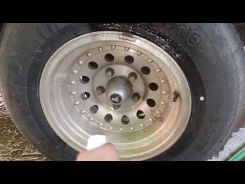 Cleaning aluminum wheels fast