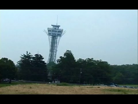 Demolition of Civil War battlefield tower in Gettysburg, PA - July 2000