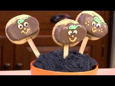 How to Make Pumpkin Lollipop Cookies
