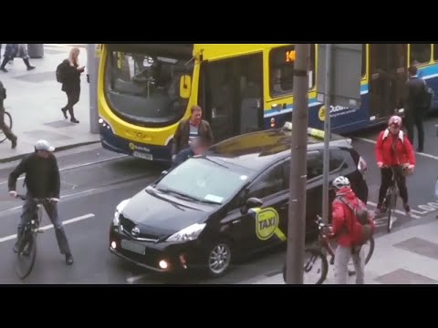 VIDEO: Taxi driver punched in the face on busy Dublin street