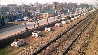 Pakistan Railways 8DN tezgam Entering Lahore Railway Station