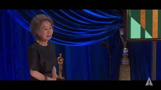 Yuh-Jung Youn Wins Best Supporting Actress | 93rd Oscars