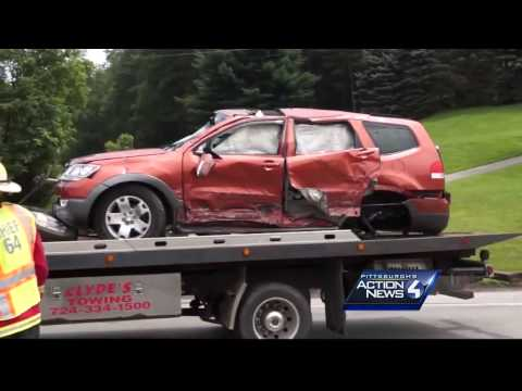 5 hurt in 4-vehicle crash on Route 66